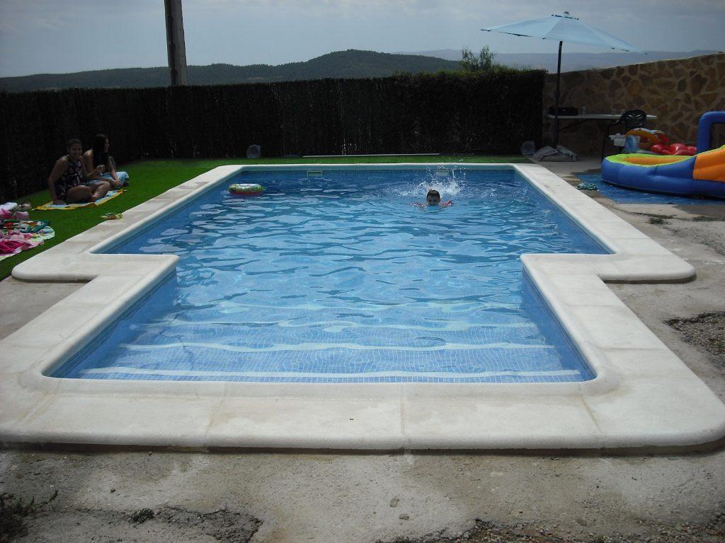 Coronacion de piscinas perfect cambio de piedra de - Piedras para piscinas ...