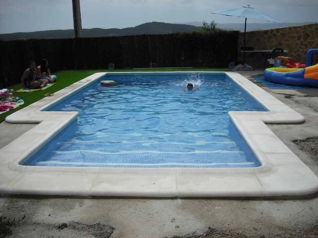 Coronaci n de piscinas balaustre sol for Coronacion de piscinas