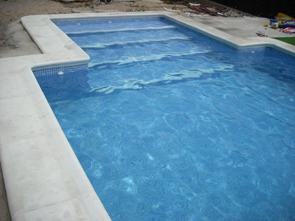 Coronaci n de piscinas balaustre sol for Coronacion de piscinas precios