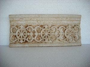 Moldura remate envejecida Antiga 50x24x5,5 cm. - Balaustre Sol